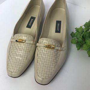Bally Vanessa cream wide width loafer